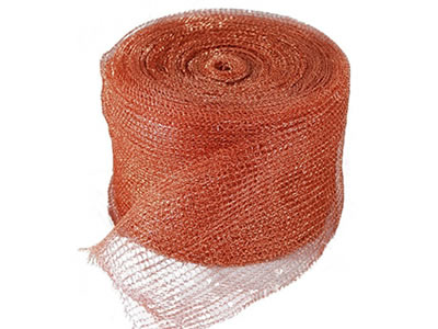 The picture shows a roll of copper knitted wire mesh.