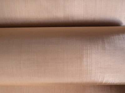 The picture shows two rolls of phosphor copper wire mesh.